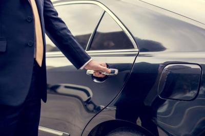 Discover Some Good Reasons to Hire a Limo Service Company When Traveling to Nashville
